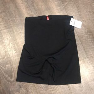 Spanx thinstincts over the tummy shorts